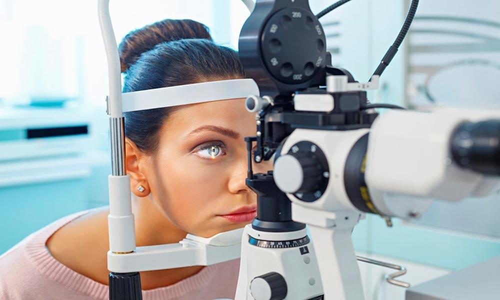 فحص شبكية العين